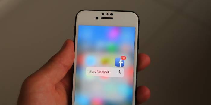 notifica cellulare accesso a facebook